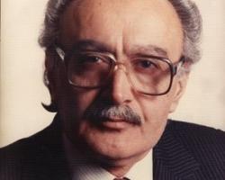 ادیب برومند در شصت سالگی