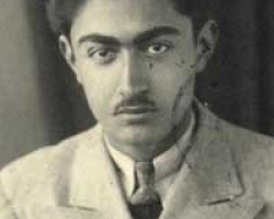 ادیب برومند در نوزده سالگی
